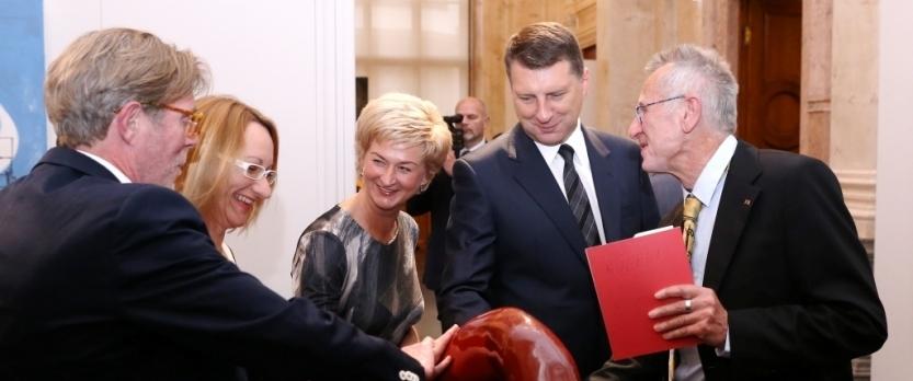 Ceļā uz Laikmetīgās mākslas muzeju iepazīstinās ar labāko Baltijas reģiona laikmetīgo mākslu